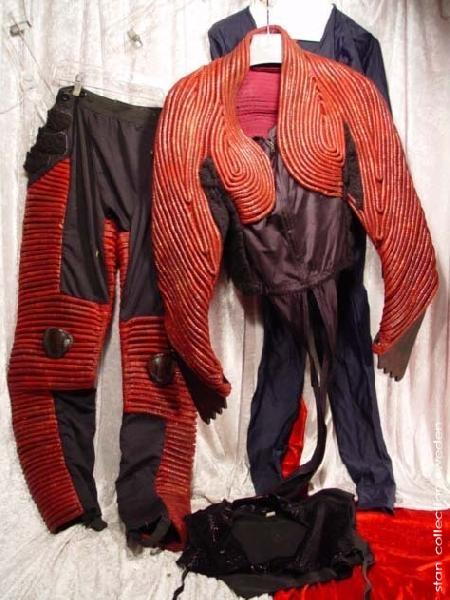 Planet of the Apes (2001), Apornas planet GORILLA WARRIOR ARMOR SUIT MOVIE
